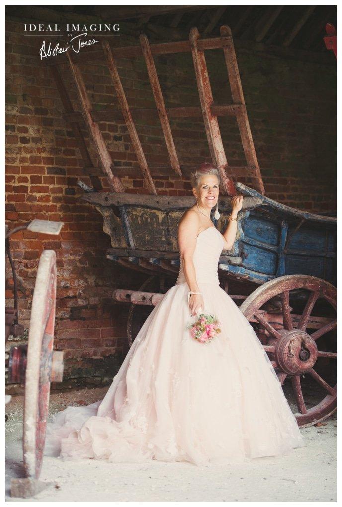 basing_house_wedding_Sarah&Sam-091