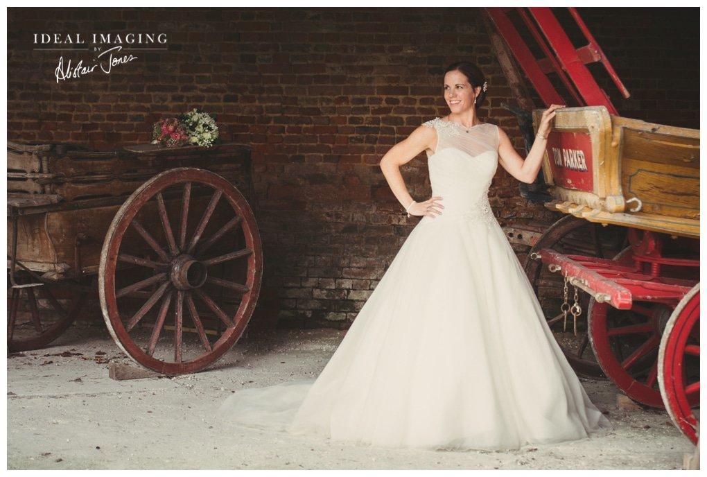 basing_house_wedding_Sarah&Sam-094
