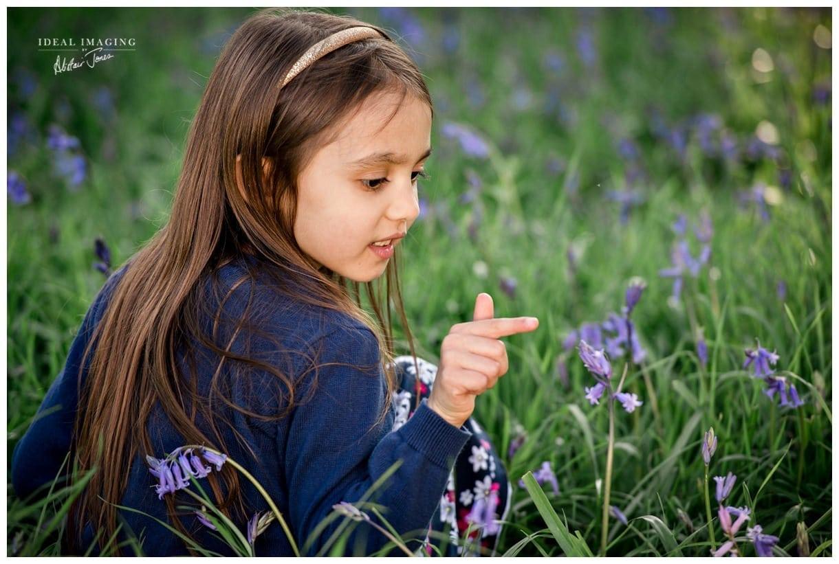 children_family_portraits_bluebells-004