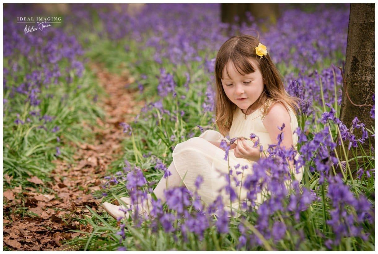 children_family_portraits_bluebells-020