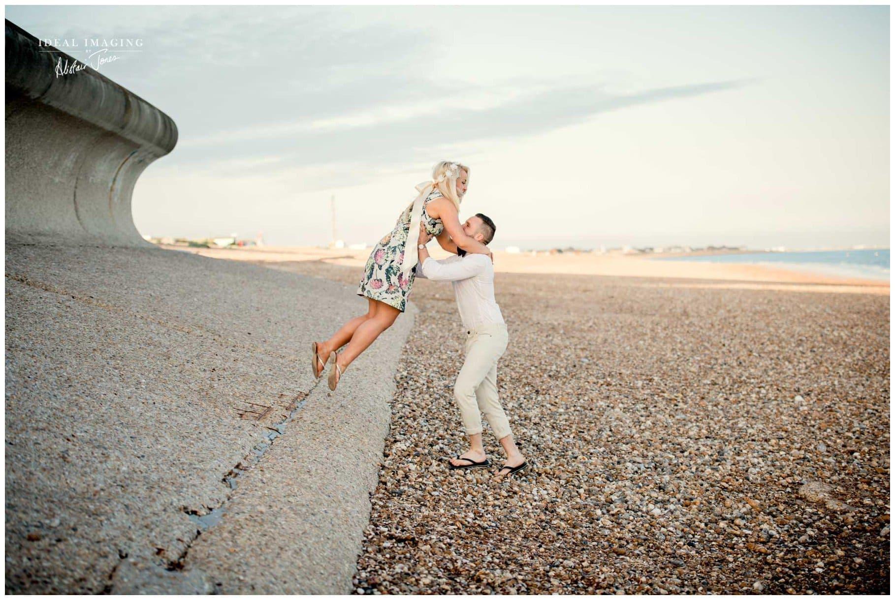 beach_engagement_photoshoot_hayling_island-045