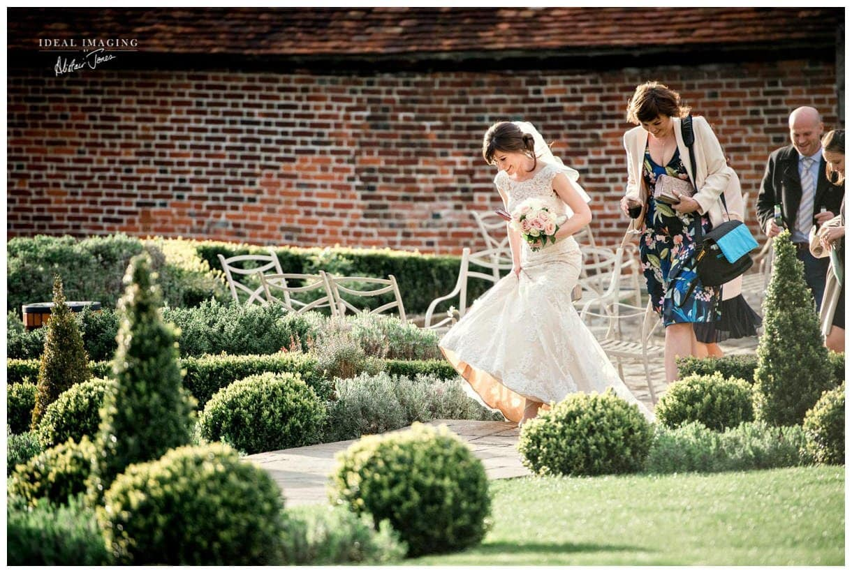 ufton_court_wedding-096