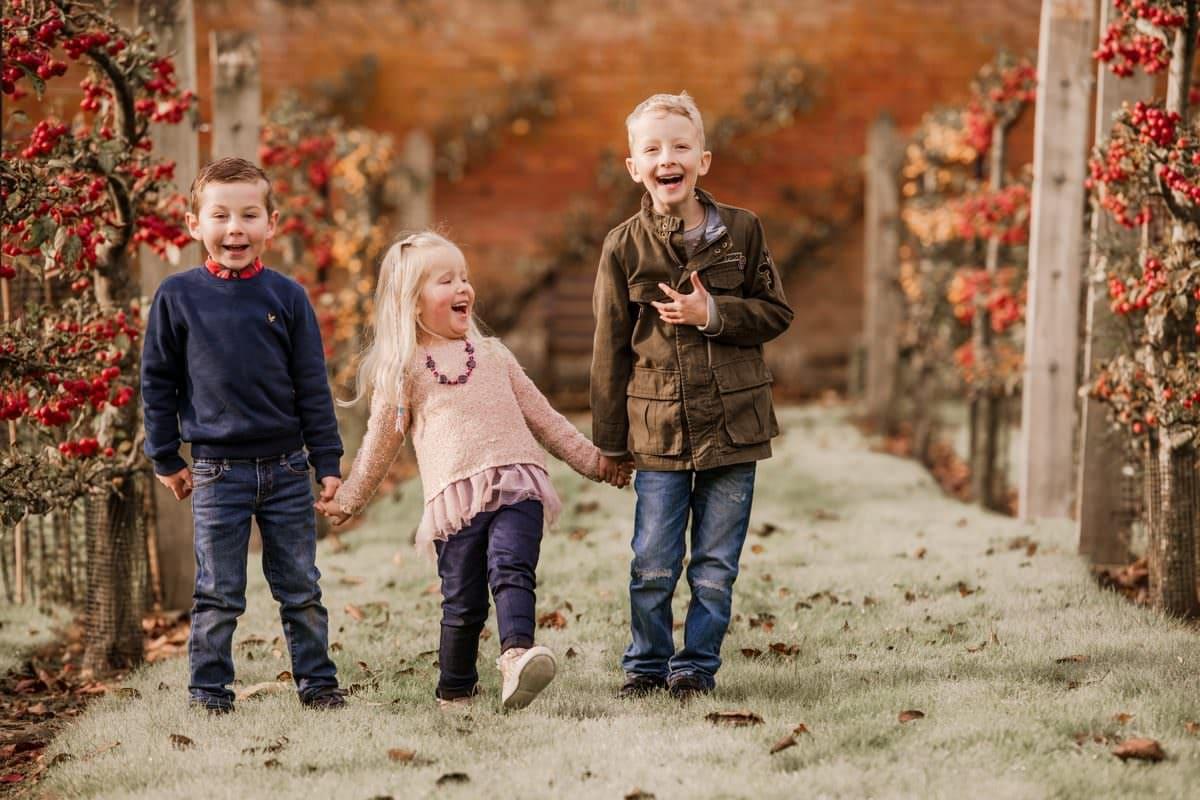 Basingstoke Family Photographer Autumn Family Photoshoot