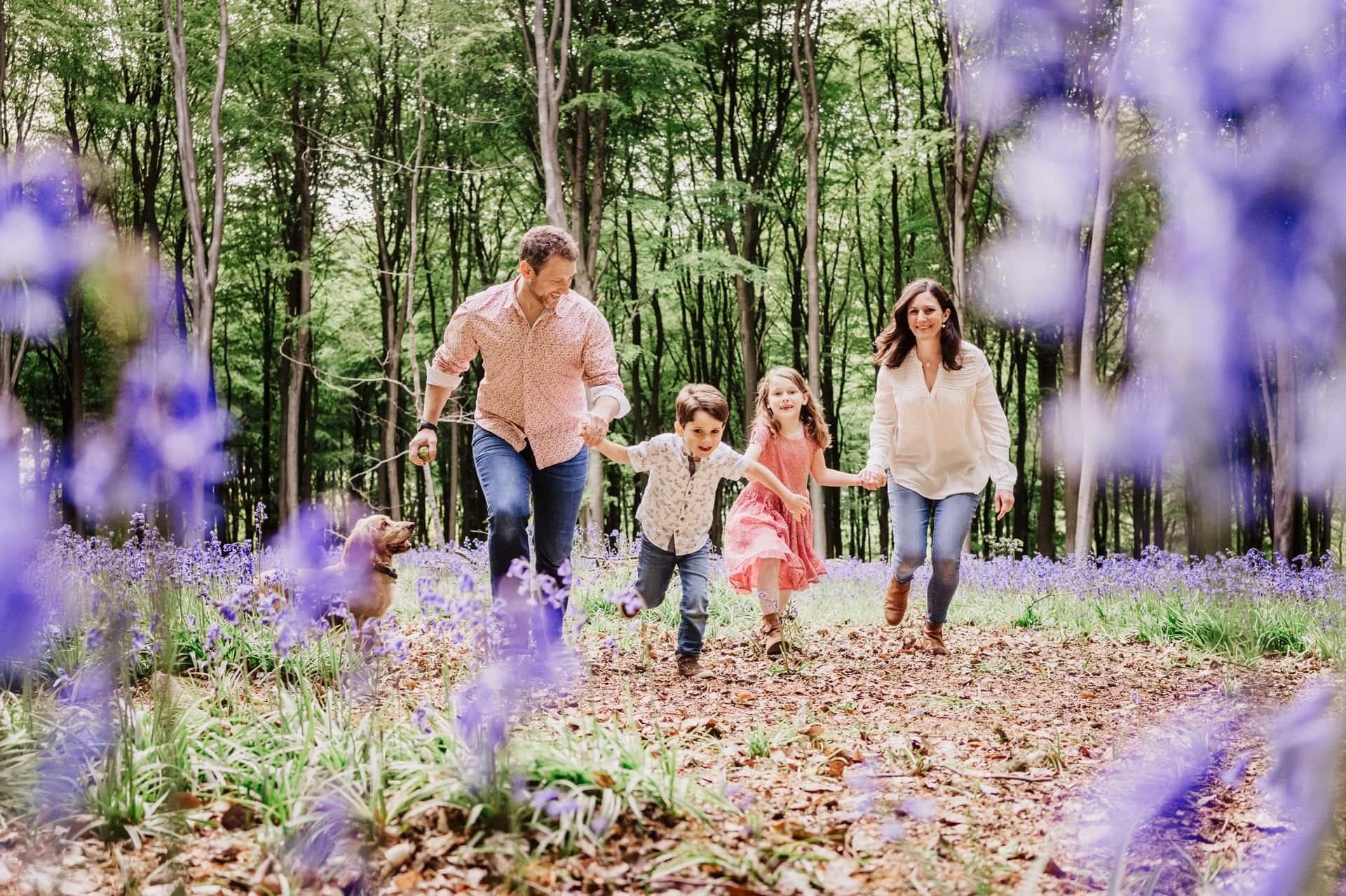 Family Bluebell Photographer Basingstoke Hampshire – The English Family