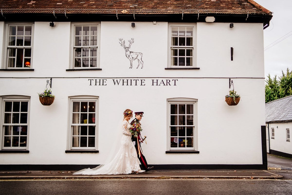 Hannah +Mike // Micro wedding in Overton